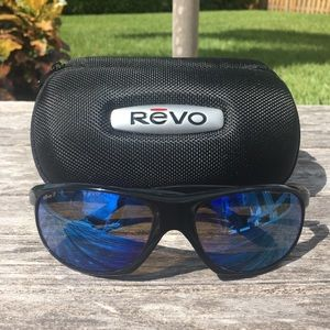 f281ca301b REVO 4017 Polarized Sunglasses